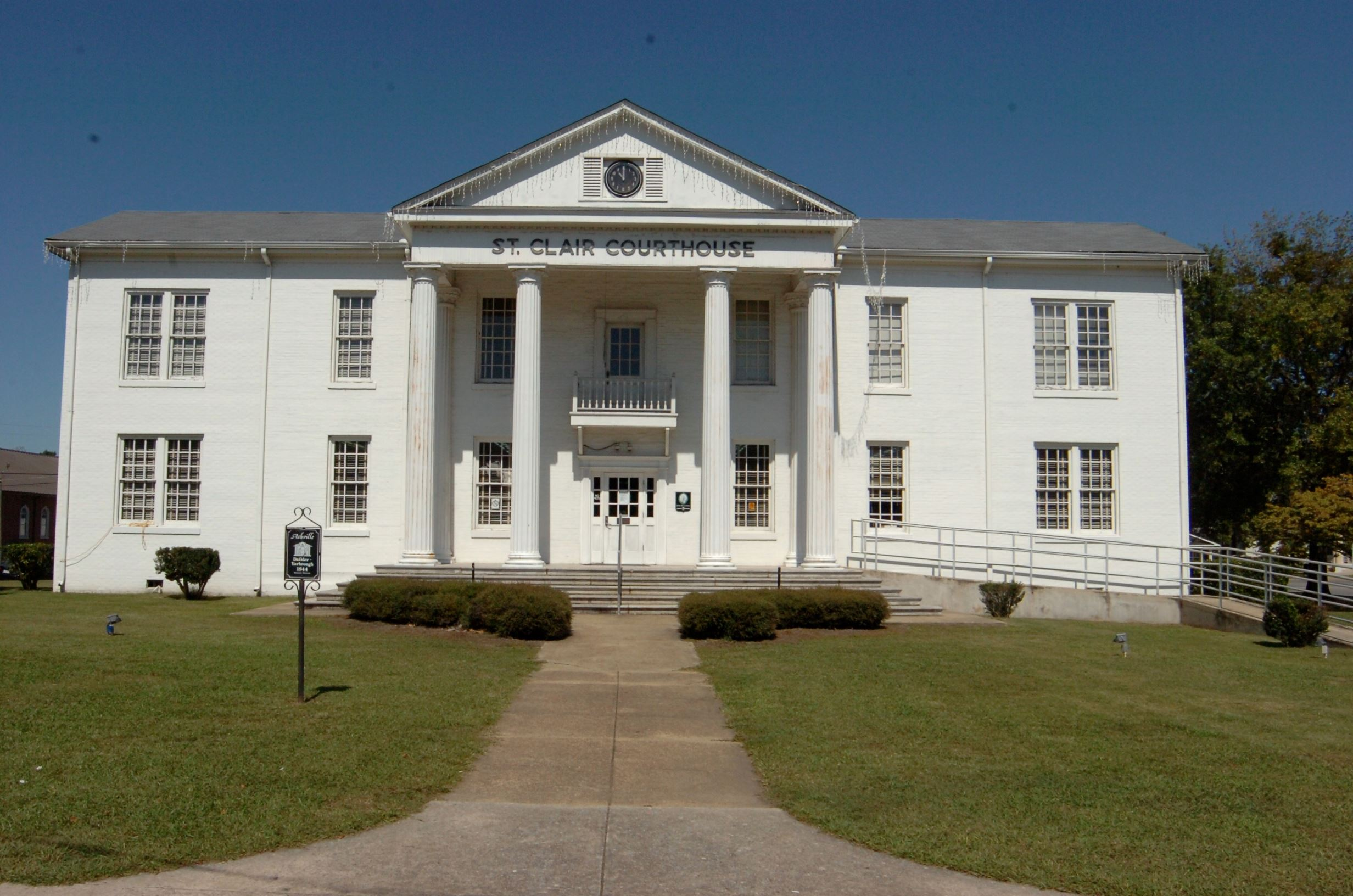 Ashville Courthouse South Entrance